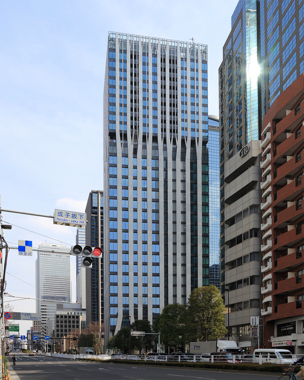 Dタワー西新宿